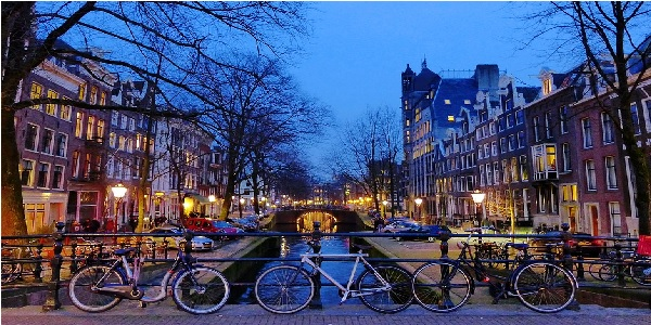 amsterdam kanalları hakkında bilgi